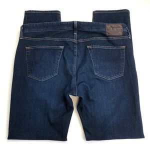 AG The Dylan Slim Skinny Size 38 (Act 39W 33L)